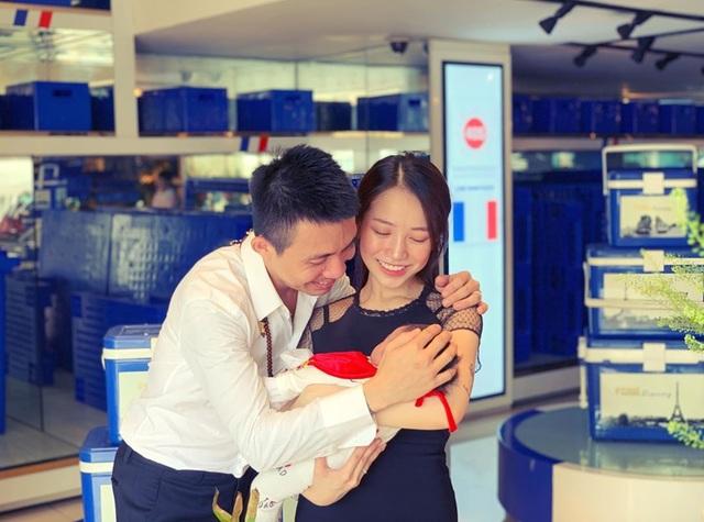 Tiểu thư nhà giàu Joyce Phạm sinh con đầu lòng - 2