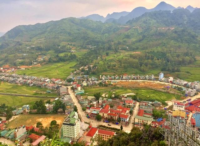 Hà Giang phong tỏa thị trấn Đồng Văn - 1