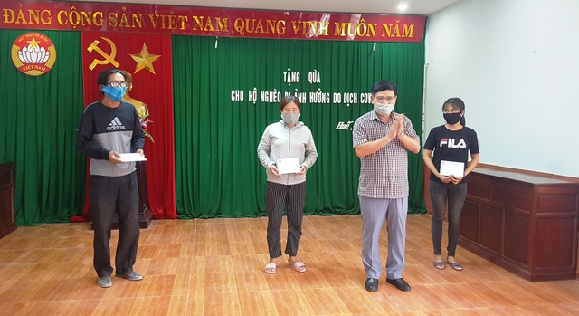 Gần 1.800 người bán vé xổ số tại Thừa Thiên Huế được nhận tiền hỗ trợ - 3