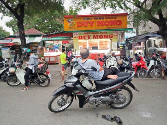 Người đạp xích lô tại Huế: Vui khi sẽ được hỗ trợ từ gói 62.000 tỷ đồng - 1
