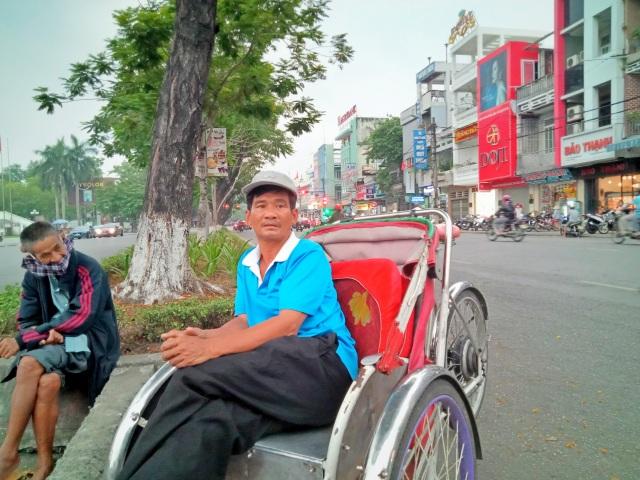 Người đạp xích lô tại Huế: Vui khi sẽ được hỗ trợ từ gói 62.000 tỷ đồng - 3