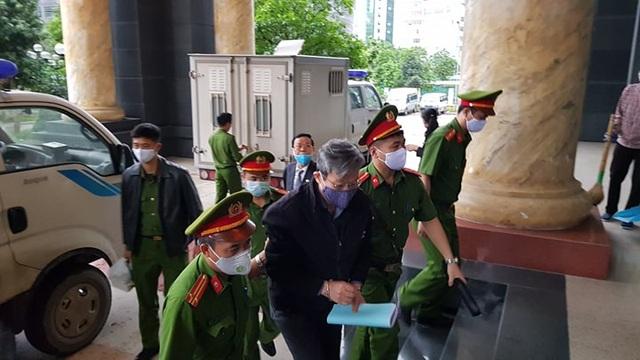 Cựu Bộ trưởng Nguyễn Bắc Son cùng đồng phạm hầu tòa phúc thẩm - 1