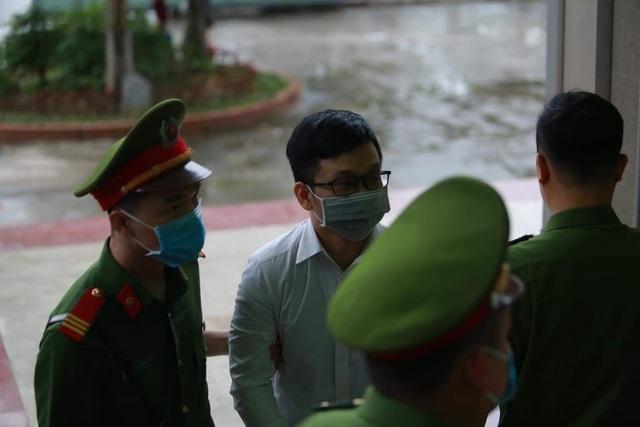 Cựu Bộ trưởng Nguyễn Bắc Son cùng đồng phạm hầu tòa phúc thẩm - 2