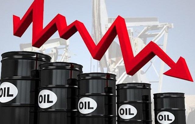"""Giá xăng dầu giảm sốc, lạm phát tháng 4 sẽ """"âm""""? - 1"""