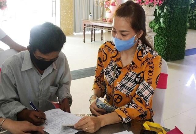 Gần 1.800 người bán vé xổ số tại Thừa Thiên Huế được nhận tiền hỗ trợ - 2