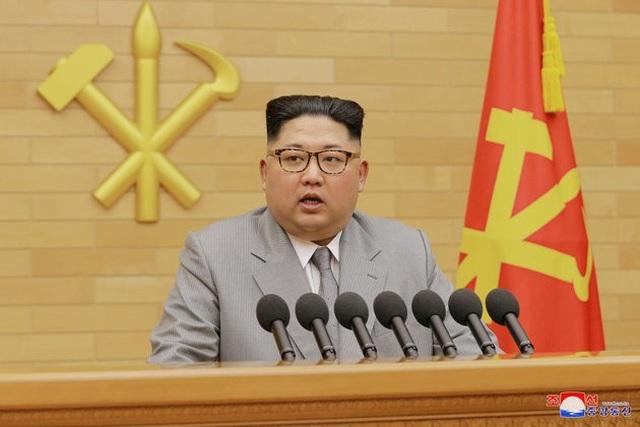 Truyền thông Triều Tiên đưa tin về ông Kim Jong-un giữa đồn đoán sức khỏe - 1