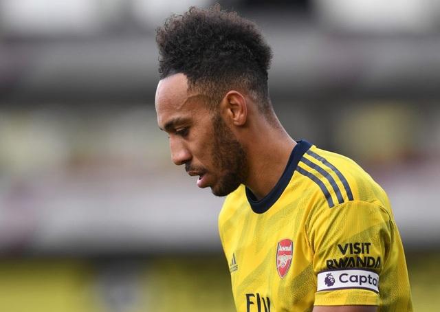 Arsenal sẽ thi đấu với đội hình nào nếu bán Aubameyang, Lacazette? - 1
