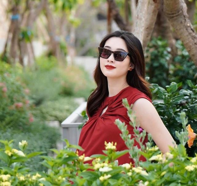 Hoa hậu Đặng Thu Thảo bất ngờ tiết lộ sắp sinh con thứ 2 - 2
