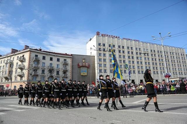 """Những """"bông hồng thép"""" trong lực lượng vũ trang Nga - 6"""