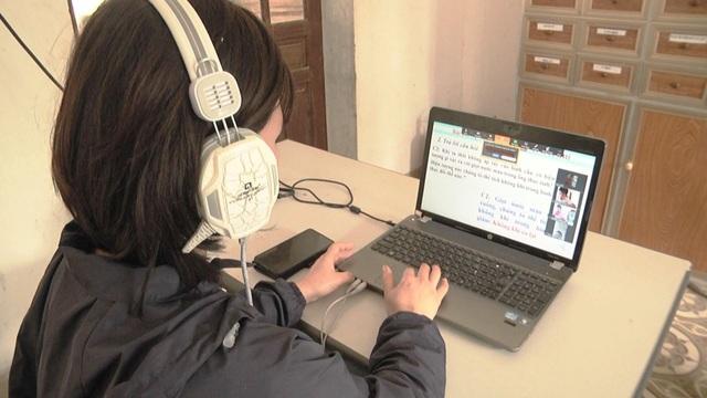Học trực tuyến: Học sinh vùng sâu và dân tộc thiểu số gặp khó - 2