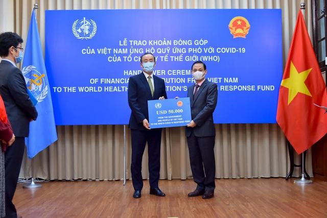 Đưa người Việt mắc kẹt tại Singapore về nước - 1