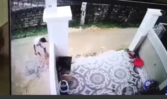Nghi án tài xế xe tải lùi xe cán chết cháu bé hơn 1 tuổi rồi phi tang xác - 3