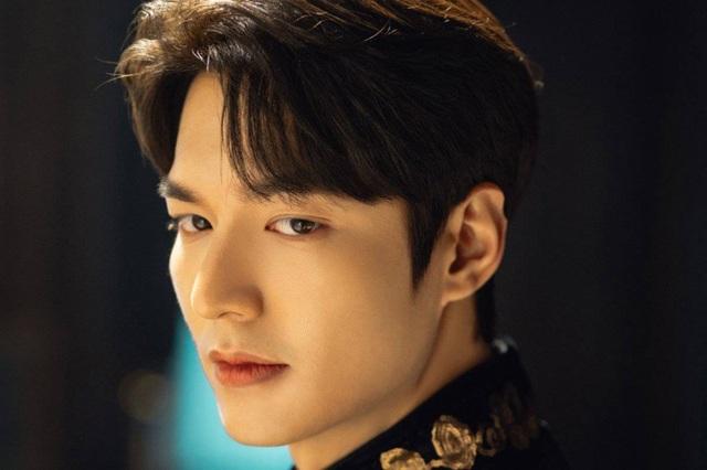 """Những bí mật của """"quân vương đánh cắp trái tim"""" Lee Min Ho - 1"""