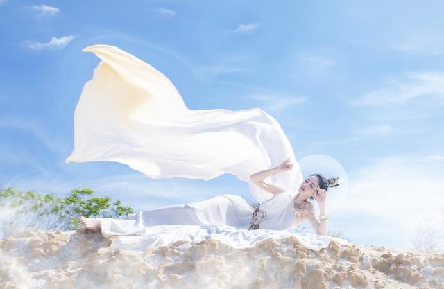 Người đẹp Triệu Hà Vy đẹp thoát tục trong bộ ảnh hóa thân nữ thần - 11