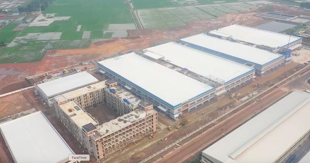 """Doanh nghiệp Trung Quốc xây """"chui"""" 3 toà nhà """"khủng"""" giữa khu công nghiệp - 6"""