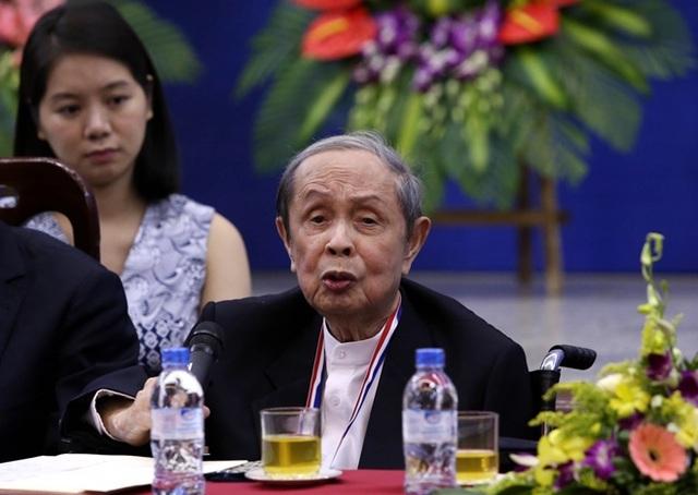 Hậu cách ly xã hội, sao Việt vẫn nghiêm ngặt giữ an toàn vì chưa hết dịch - 1