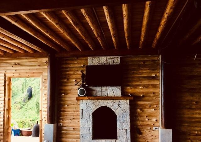 Đẹp hút hồn ngôi nhà gỗ săn mây vạn người mê trên núi cao ở Sa Pa - 7