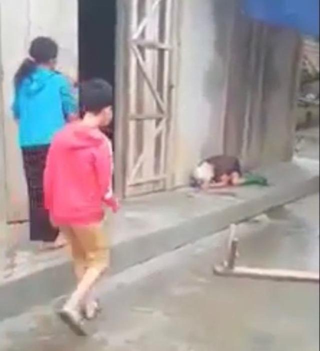 Điều tra nghi án con trai vác ghế đánh mẹ già - 2