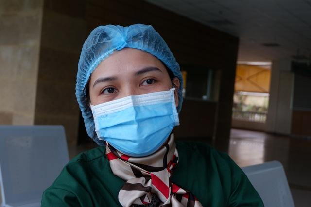 Nữ điều dưỡng tuyến đầu chống dịch và những lần lòng quặn thắt vì xa con - 2