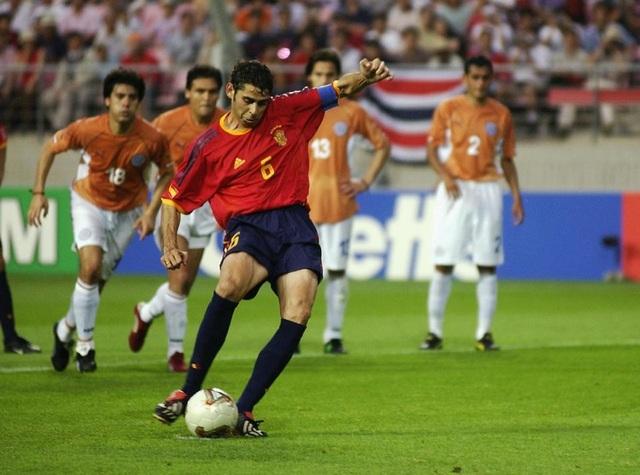 Top 10 hậu vệ bóng đá ghi bàn nhiều nhất mọi thời đại - 8