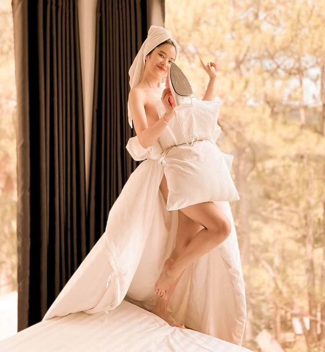Hoa hậu, siêu mẫu diện đầm dạ hội… đi đổ rác - 8