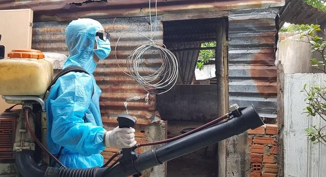 4 ổ bệnh sốt xuất huyết tấn công Sài Gòn giữa mùa dịch Covid-19 - 2