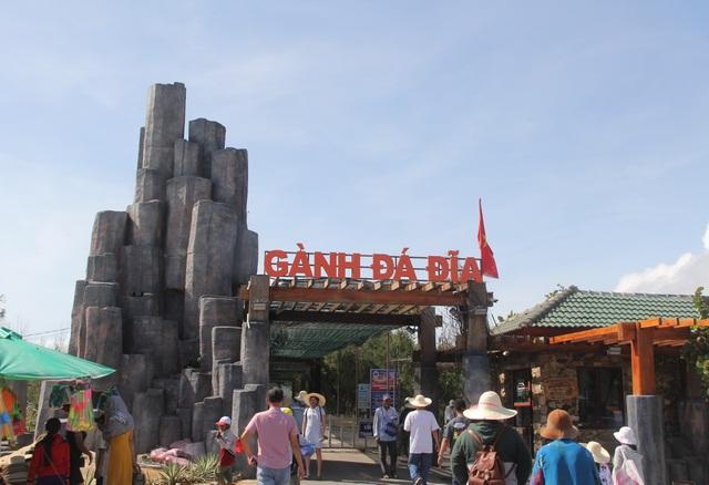 Các danh thắng ở Phú Yên chính thức mở cửa đón du khách trở lại - 1
