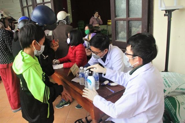 """""""ATM gạo"""" chia sẻ khó khăn với người dân, lao động nghèo Quảng Trị - 5"""