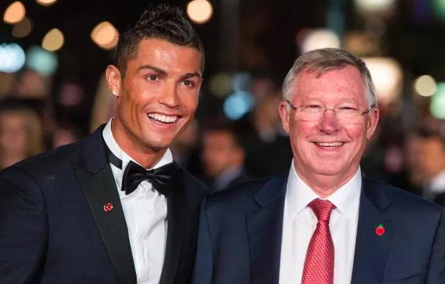 Các huấn luyện viên hàng đầu thế giới nói gì về C.Ronaldo và Messi? - 6