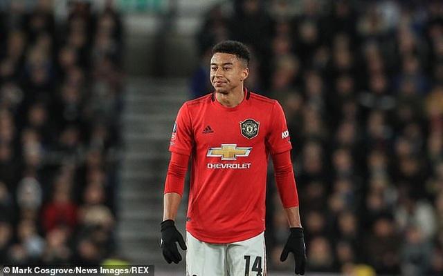 Man Utd quyết bán Pogba, Lingard để chiêu mộ Sancho - 2