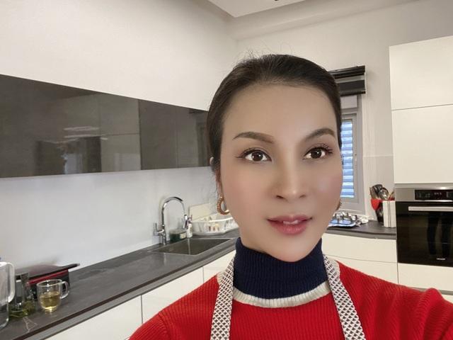 Lao đao vì dịch, MC Thanh Mai vẫn oằn mình trả đủ lương cho 100 nhân viên - 6