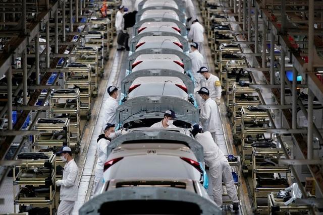 Công nghiệp Trung Quốc trên bờ vực sụp đổ dù kinh tế đã mở cửa trở lại - 1
