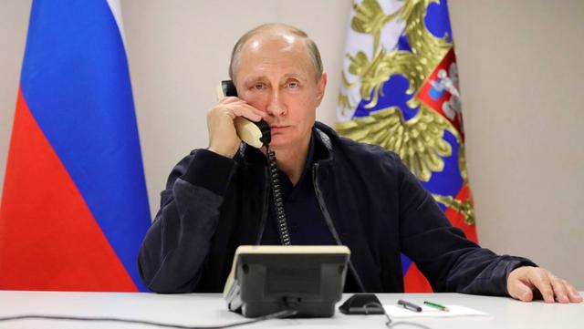 Chiếc điện thoại đặc biệt của Tổng thống Putin - 1