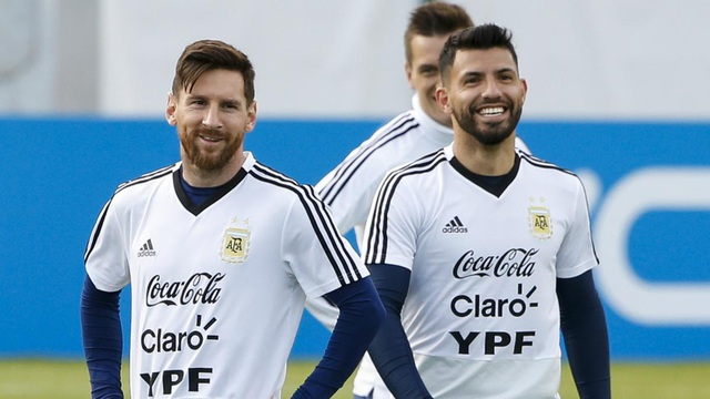 Aguero lên tiếng bảo vệ Messi trước những chỉ trích - 2