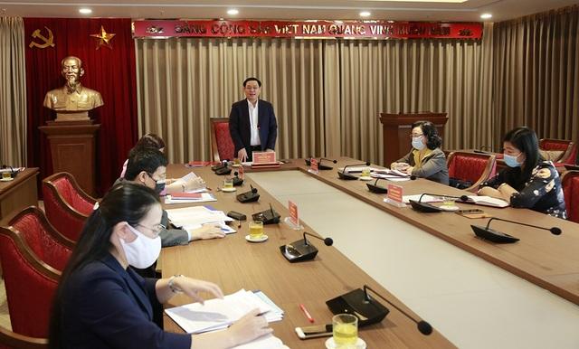 Bí thư Thành ủy Hà Nội: Cán bộ cần thành tâm đến với nhân dân - 2