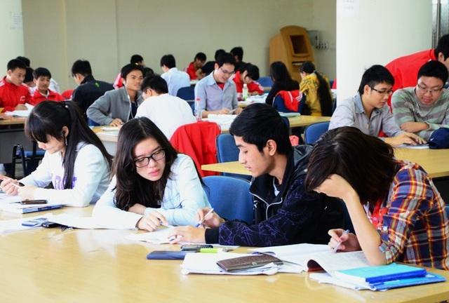 Giảng viên phải dành ít nhất 1/3 quỹ thời gian năm học để làm nghiên cứu - 1