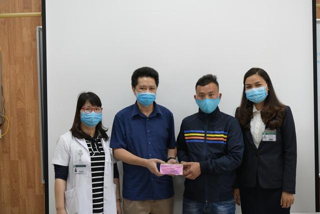 Gia đình 4 người tử vong ngộ độc nấm giúp bệnh nhân nghèo 400 triệu đồng - 3