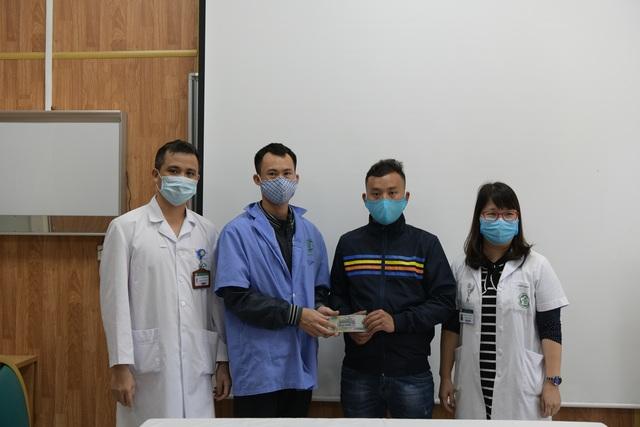 Gia đình 4 người tử vong ngộ độc nấm giúp bệnh nhân nghèo 400 triệu đồng - 4