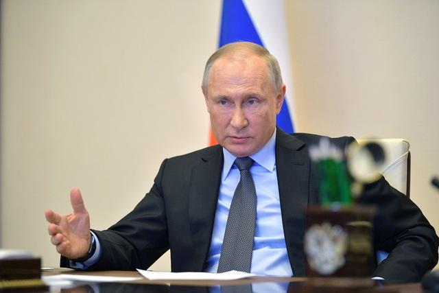 Tổng thống Putin: Cuộc chiến Covid-19 ở Nga đang căng thẳng - 1