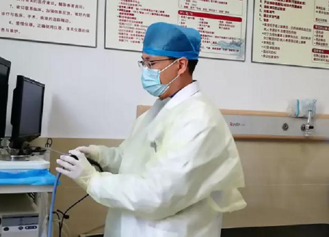 Nhện sống trong ống tai người phụ nữ Trung Quốc - 3