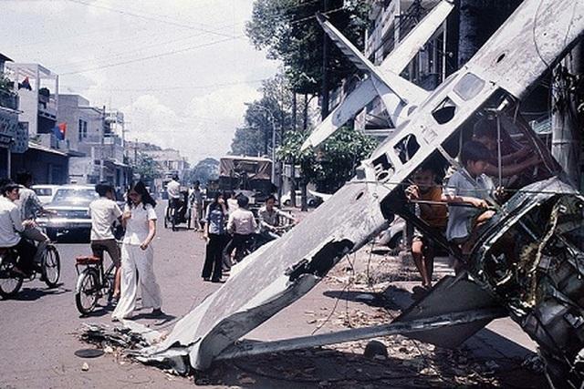 Những khoảnh khắc lịch sử ngày giải phóng Sài Gòn trên báo chí quốc tế - 14
