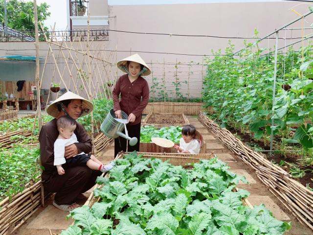 Bỏ 50 triệu đồng cải tạo vườn chuối thành khu sinh thái trong mơ - 11