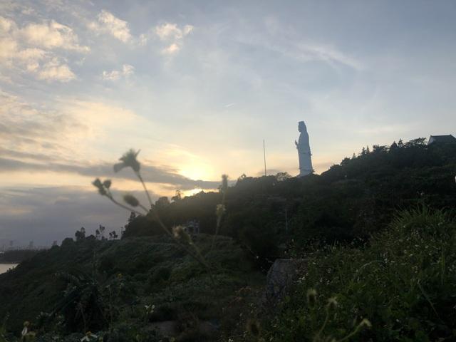 Thưởng ngoạn Sơn Trà, du lịch dã ngoại ngày đầu nghỉ lễ - 2