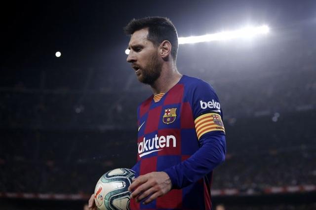 5 cầu thủ có thể kế vị Messi ở Barcelona - 1