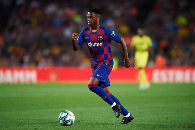 5 cầu thủ có thể kế vị Messi ở Barcelona - 4