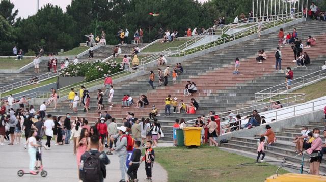 Đà Lạt thu hút gần 80 nghìn lượt khách tham quan dịp lễ - 1