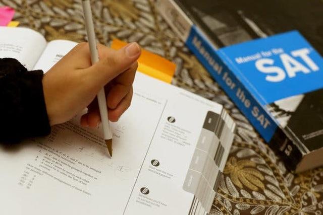 Hơn 50 đại học Mỹ bỏ yêu cầu điểm SAT và ACT mùa tuyển sinh 2021 - 1