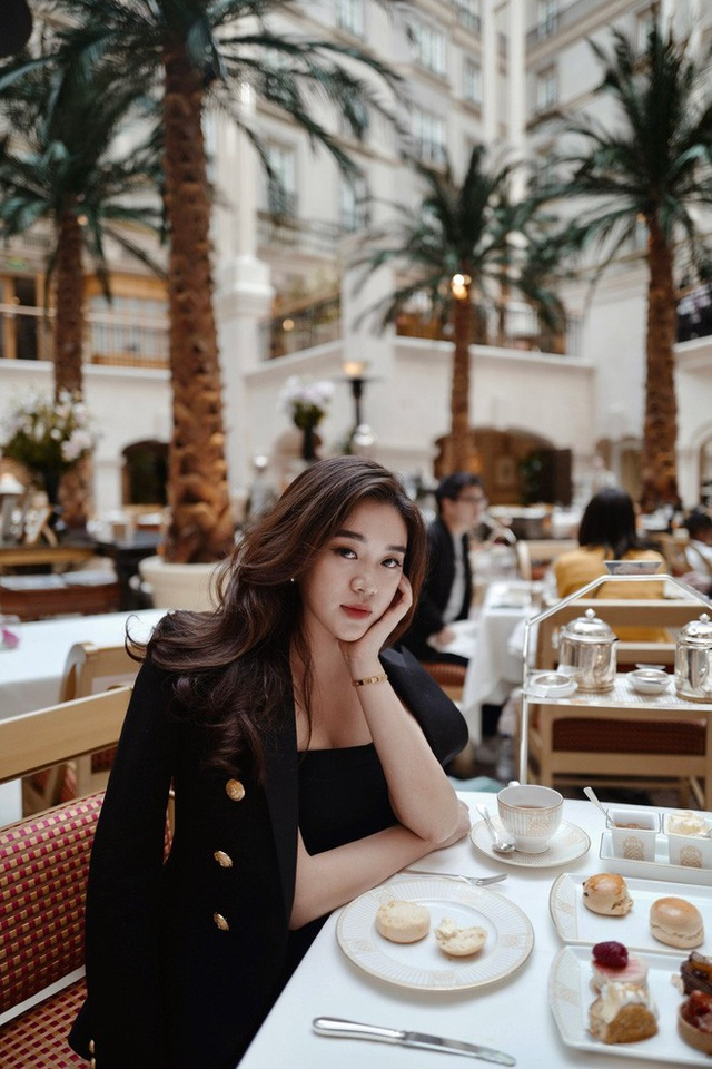 Hot girl Lào gây sốt mạng xã hội Việt, từng học ĐH Ngoại thương - 7