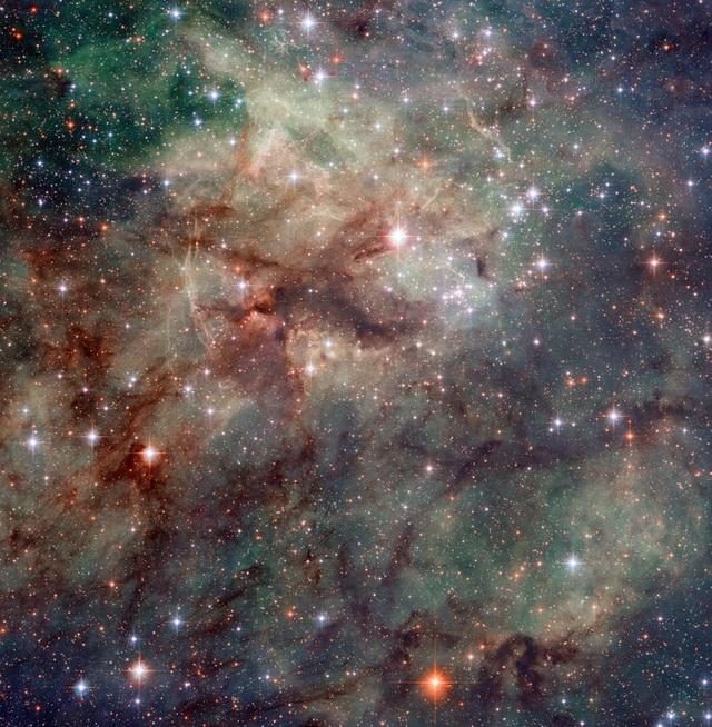 23 bức ảnh tuyệt đẹp gửi đến từ Vũ trụ - 17