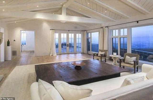 Eva Longoria bán nhà chịu lỗ hàng triệu USD - 7